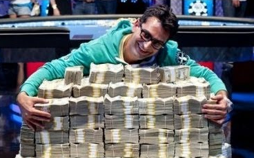 RakeTheRake esfandiari money pile